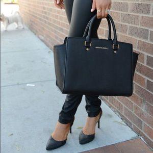 Michael Kors Large Black Saffiano Selma Bag